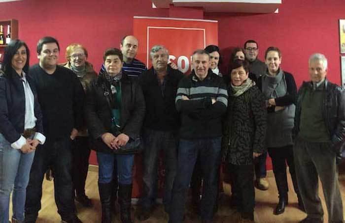 Integrantes de la candidatura del PSOE de Parres.