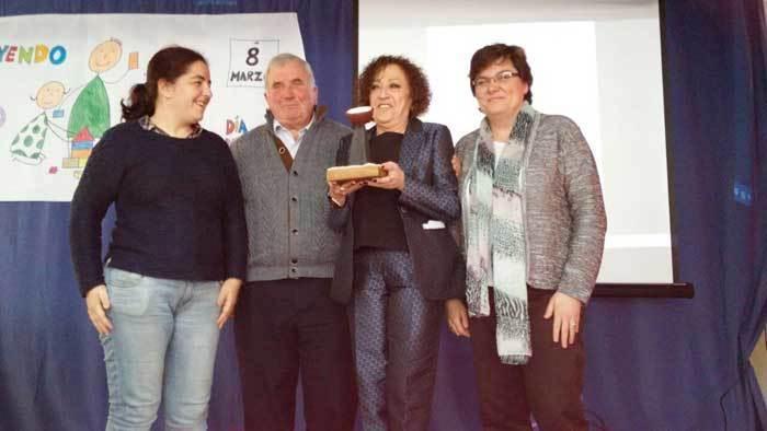 Consuelo Busto recogió el Premio 8 de Marzo del Consejo Comarcal de Mujeres de la Comarca de la Sidra en Sariego