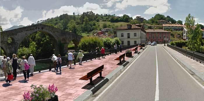 Más acera y más seguridad para  los peatones en El Puente Romano