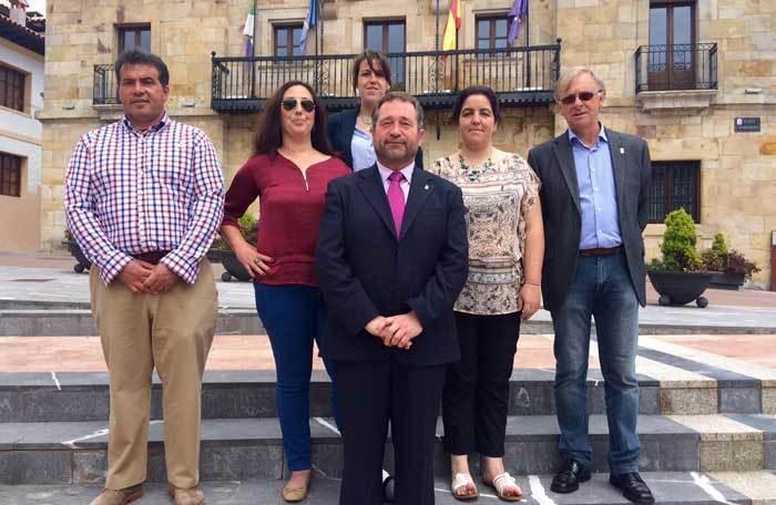 Rogelio Pando encara una nueva legislatura en Colunga, con mayoría absoluta