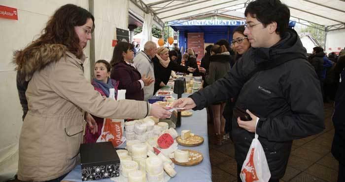 Ponga invita a los queseros de Amieva y Sajambre a concursar en el Certamen del Queso de los Beyos