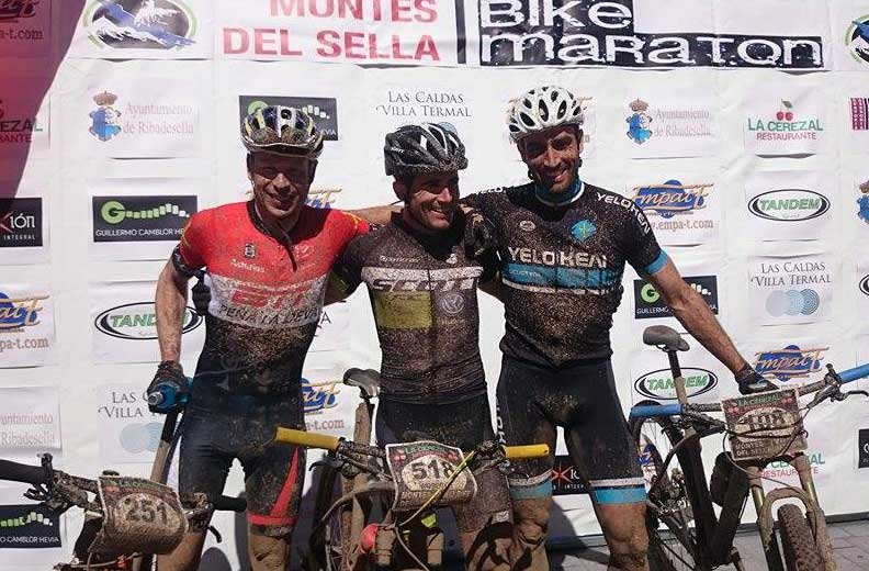 Pódium masculino de la Bike Maratón Montes del Sella.