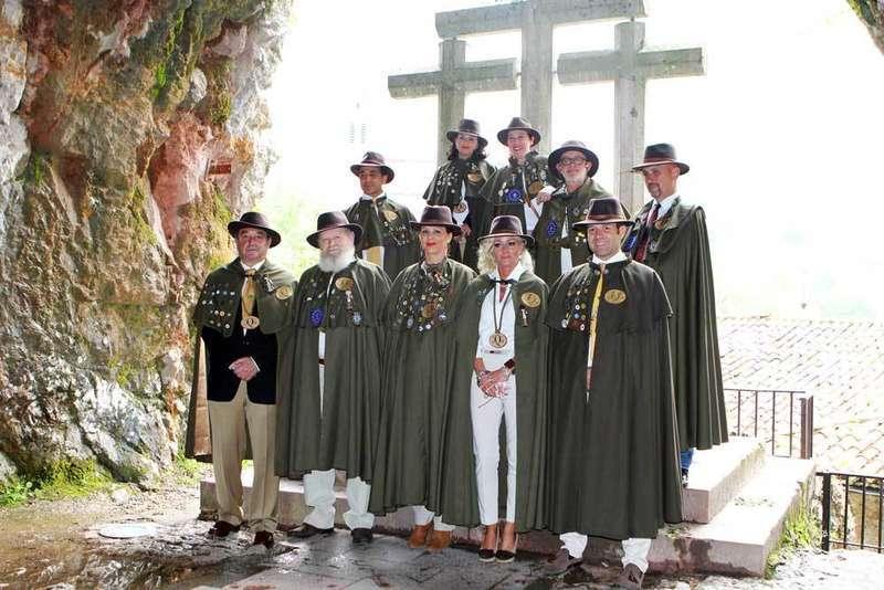 Ofrenda de la Cofradía del Gamonéu en Covadonga