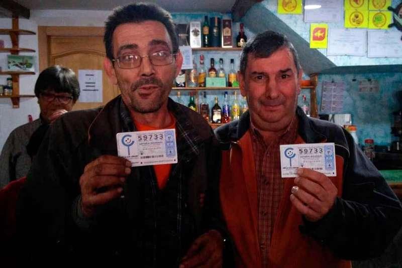 El Bar Collao repartió 3,6 millones del primer premio de la Lotería