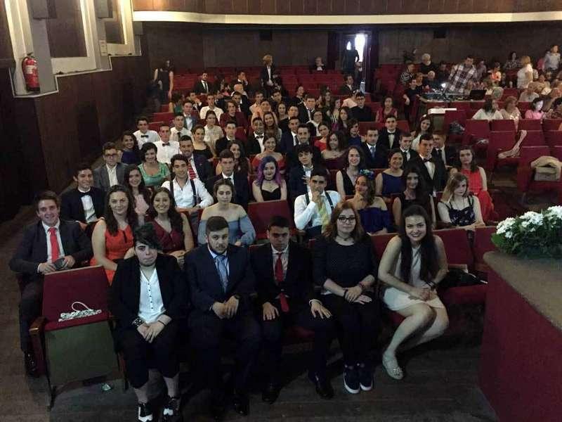 FOTOS de la fiesta de Graduación del IES Rey Pelayo