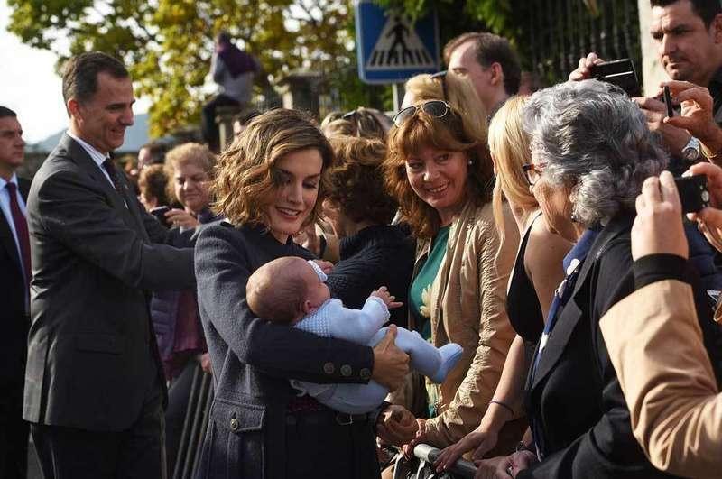 Los Reyes entregaron el Premio en Columbres.