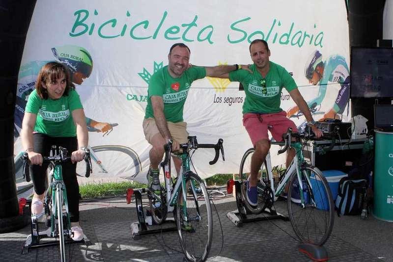 Bicicletas solidarias en Cangas de Onís.