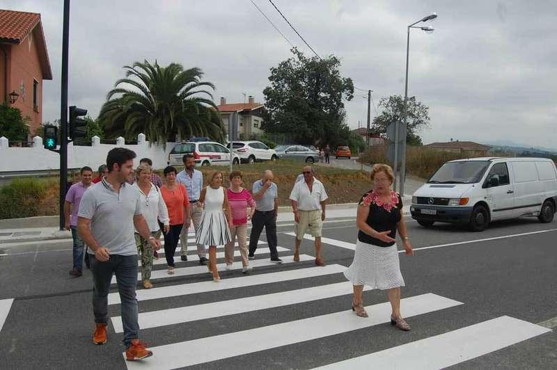 Ferrera estrena semáforo y paso de peatones