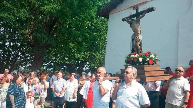 Procesión del Cristo en Colloto.