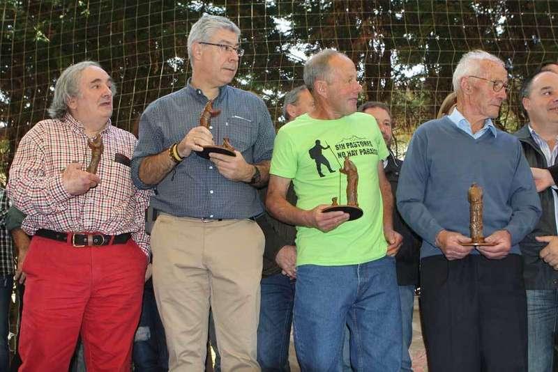 Los galardonados con el Gamonéu de Oro reivindican la figura del Pastor