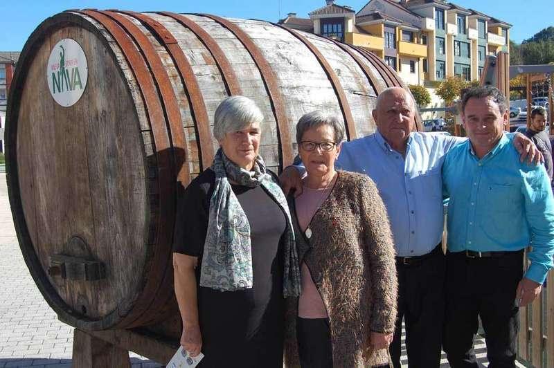 Isabel Calleja, Gumersinda, Luis y Juan Cañal.