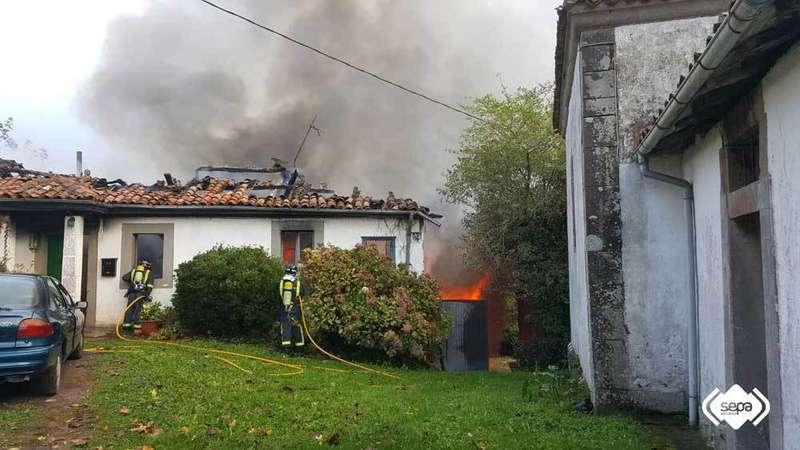 Localizado sin vida el cuerpo de una mujer en el incendio de Villaviciosa