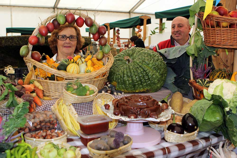 A pesar de la escasa cosecha en Arriondas se pusieron a la venta casi 1.000 kilos de castañas