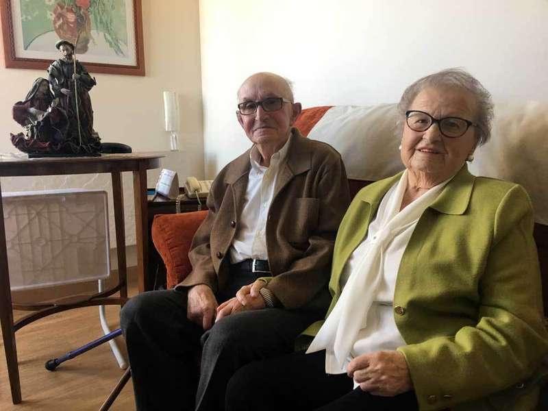Pedro Sánchez y Amalia Piñera, en Porrúa.