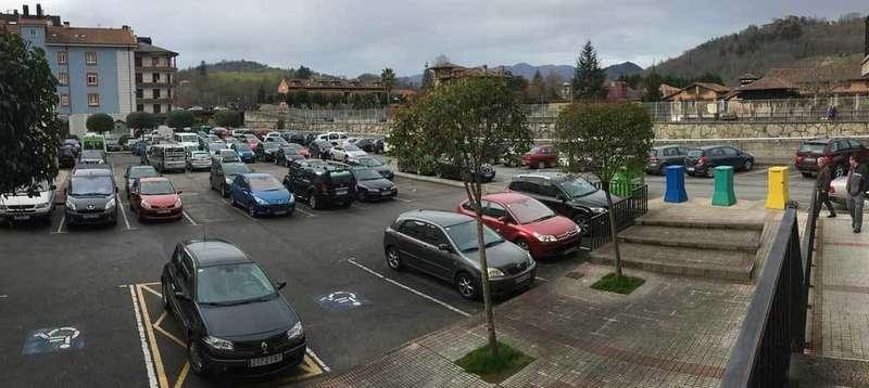 zona azul para el aparcamiento de el censu en cangas