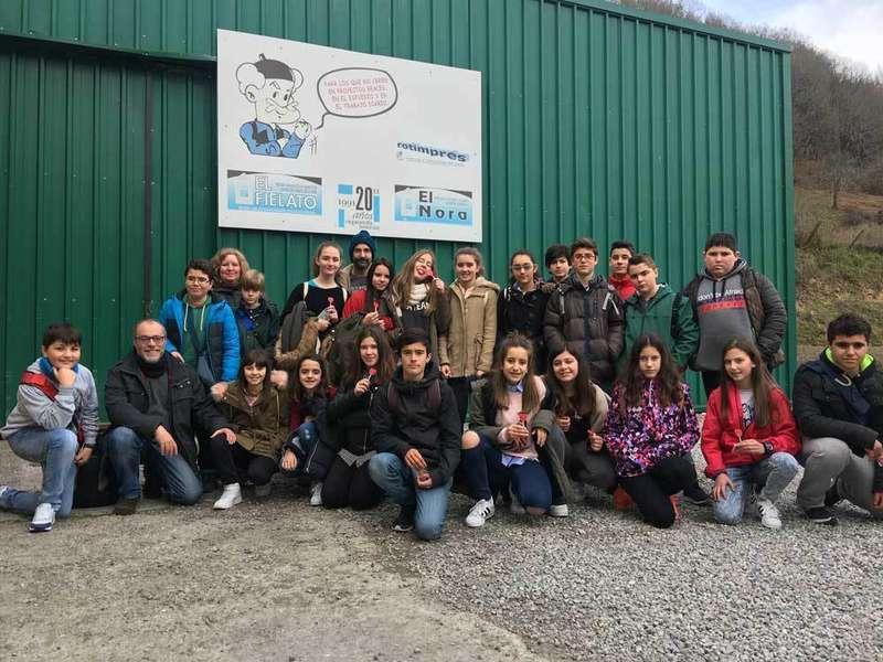 alumnos del ies de villaviciosa de asturias visitan cangas de onis