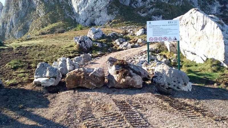 Parque-Picos-de-Europa-pista-vega-mantegas