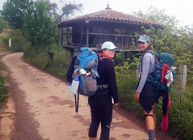 emma-kessel-mary-andino-camino-del-norte-santiago-compostela
