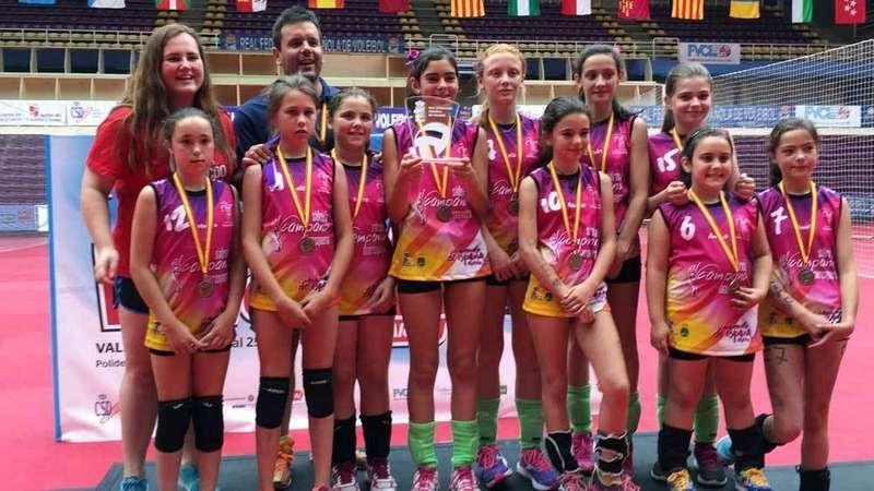 alevines-voleibol-cangas-de-onis-campeonato-de-españa-bronce
