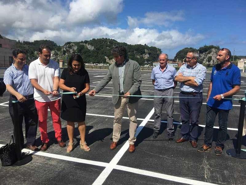 Ribadesella inauguró el nuevo aparcamiento del Campu Les Rolles
