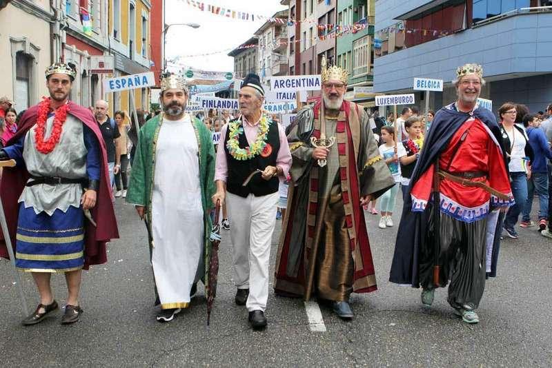 desfile-dionisio-de-la-huerta-arriondas-sella