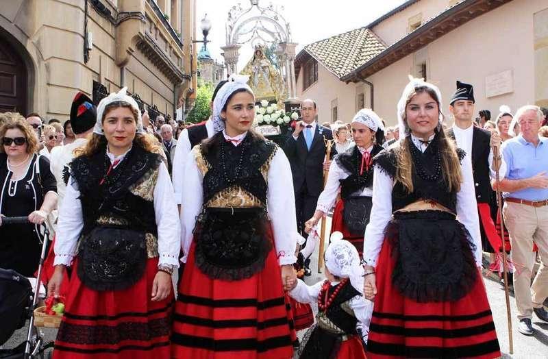 Villaviciosa celebró el Día Grande de las Fiestas del Portal