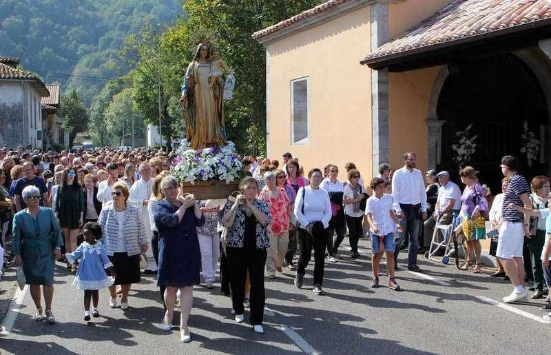 La-salud-cañu-procesión