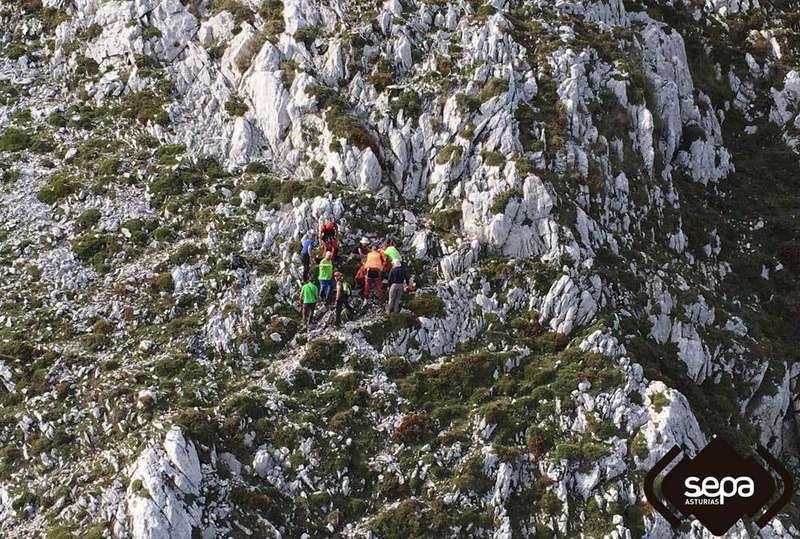 Rescate en las inmediaciones del pico Turbina