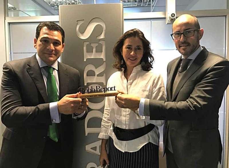 Premio Best of Best 2017 de la revista Robb Report para el Parador de Cangas de Onís