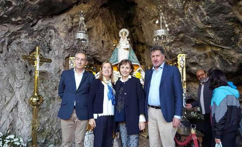 Ana Pastor visitó Covadonga