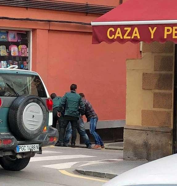 atracador-detenido-cangas-onis
