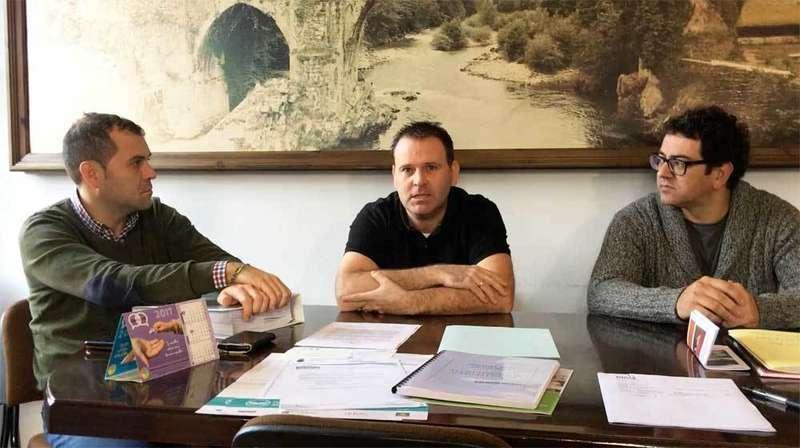 Los alcaldes de Amieva, Cangas y Onís quieren el Matadero Comarcal para impulsar su reapertura