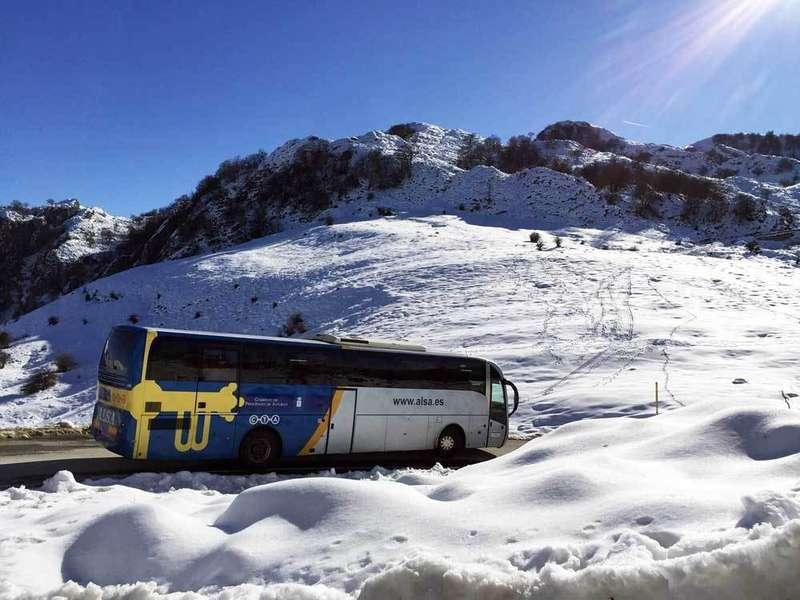 Lagos-autobuses-alsa-nieve