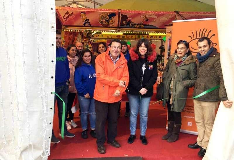 Abierto en Cangas de Onís el Parque de Navidad a beneficio de la Asociación Galbán