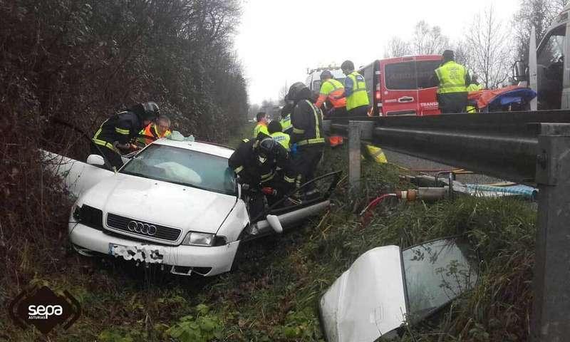 accidente-tráfico-bomberos-asturias