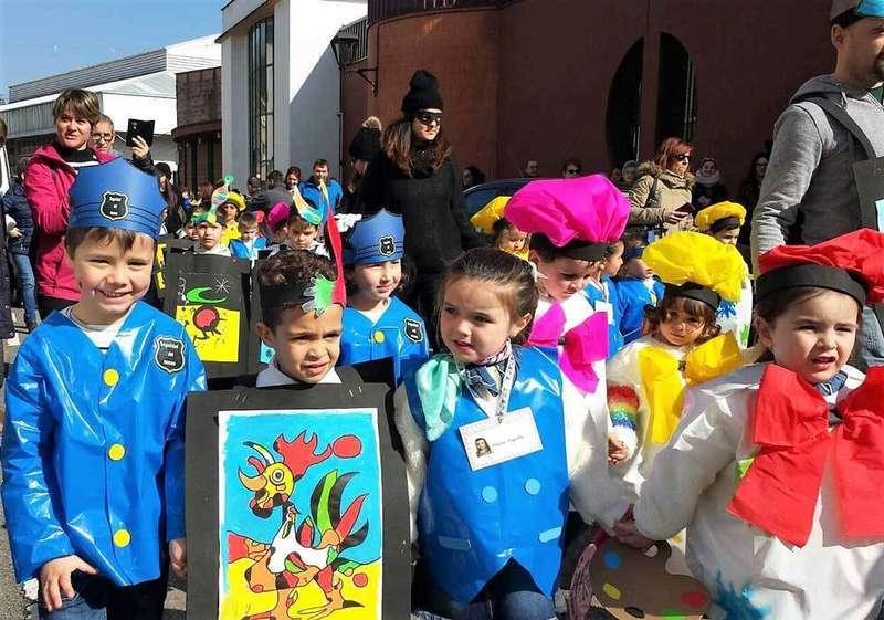 El Carnaval escolar puso el colofón al Antroxu de Arriondas