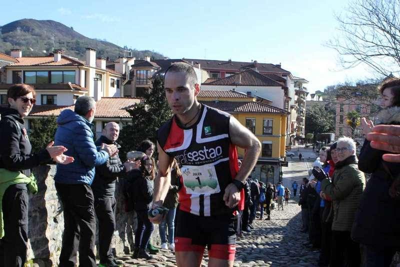 Julen Larruzea y Marta Escudero ganan la V Kangas Mountain