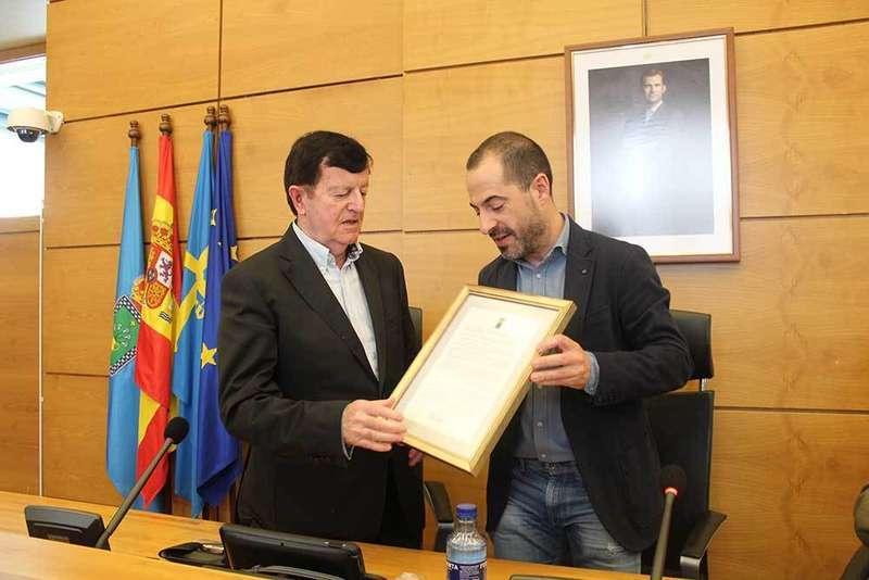 José Antonio Coppen ya es Cronista Oficial de Lugones