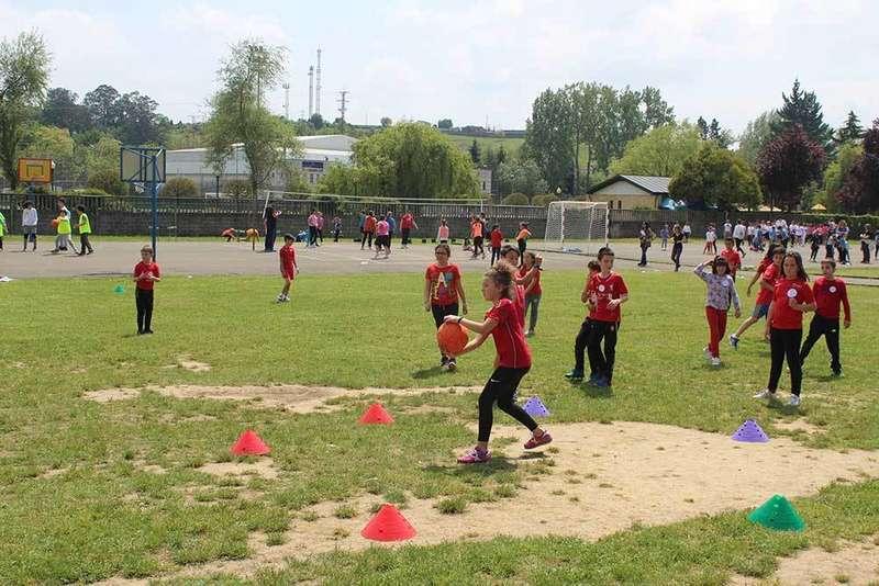 El deporte une a los alumnos del Colegio Condado de Noreña