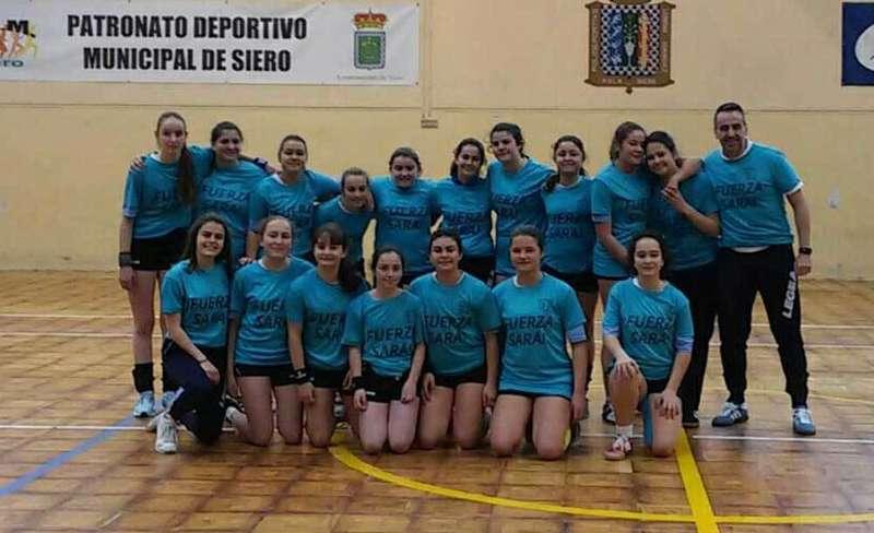 Las infantiles del IES Juan de Villanueva quieren meterse en la fase final del Campeonato de España de balonmano
