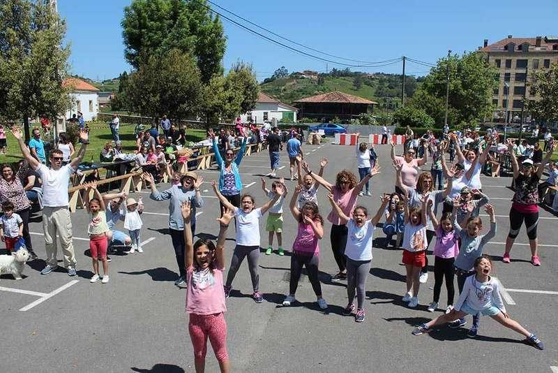 Las familias de Llanera se vuelcan con la primera Jornada en familia celebrada en Lugo