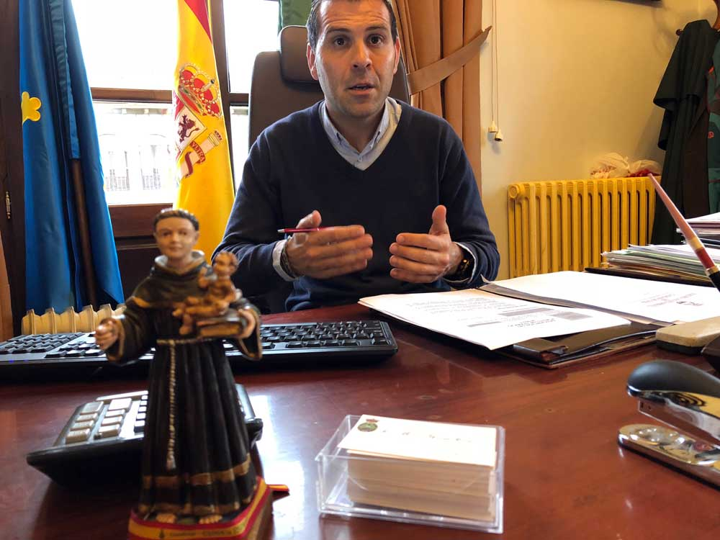 «La oposición no estuvo a la altura en la polémica con el emplazamiento del  nuevo edificio para el IES Rey Pelayo»