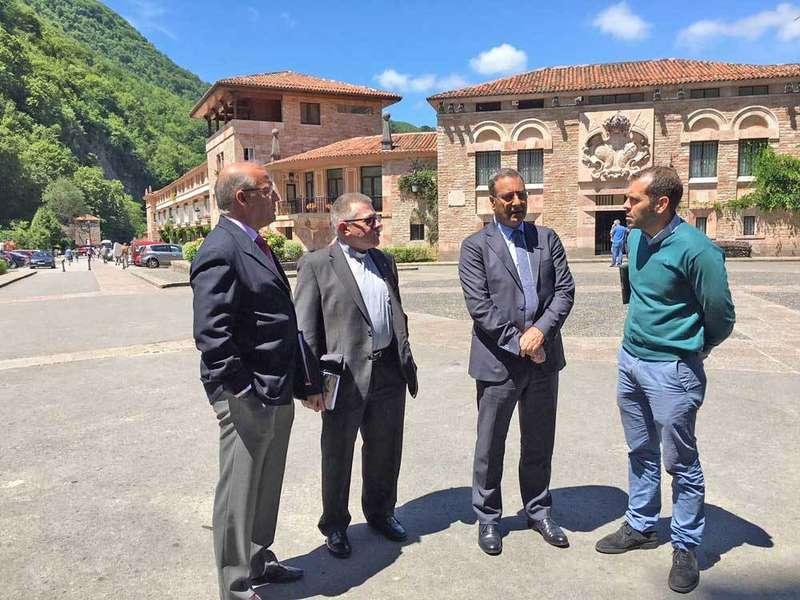 El Principado recupera el proyecto de funicular entre Les Llanes y la explanada de Covadonga