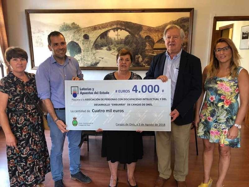 Emburria recogió los 4.000 euros de Loterías del Estado
