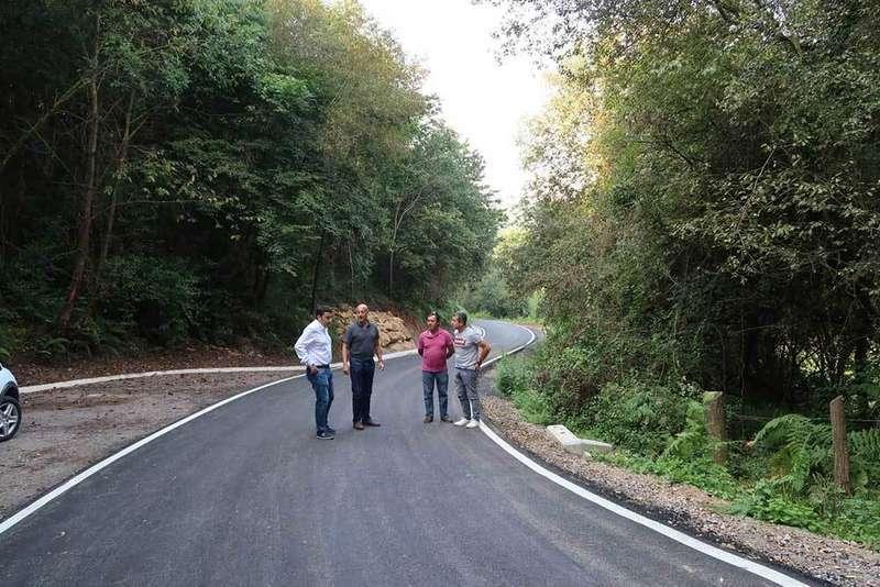 Mejora de un camino en Llanera