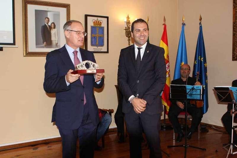 Diego Canga anima a los productores a exportar los quesos de los Picos de Europa
