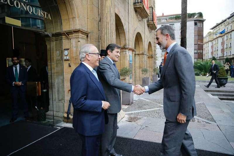 Los Reyes presidirán el viernes la entrega de los Premios Princesa de Asturias