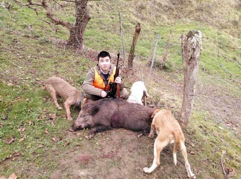 ailing-chen-chino-caza