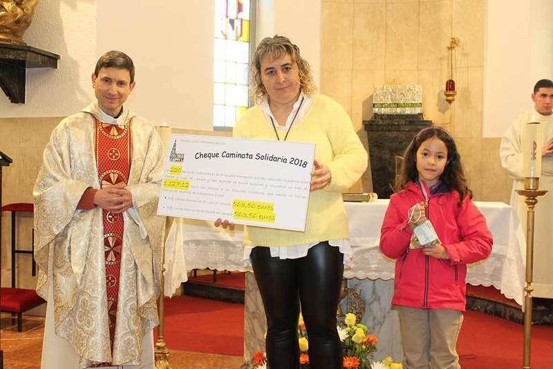 Cáritas de Posada y Lugo se reparten el dinero de la Caminata Solidaria