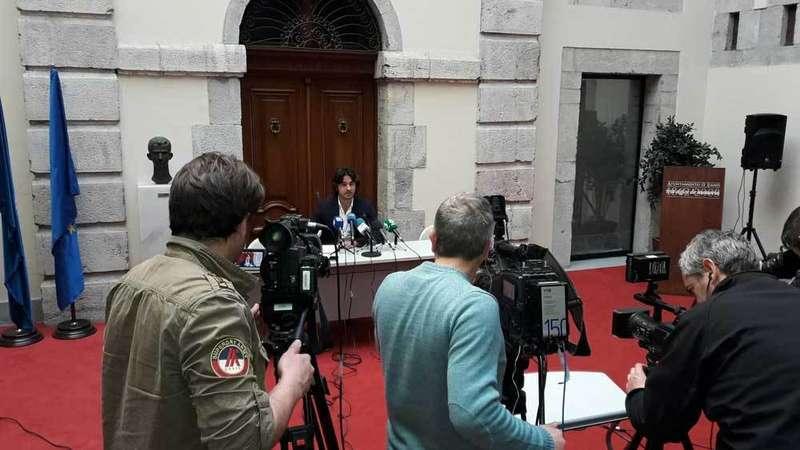 El alcalde de llanes agradece a la Guardia Civil «su impecable» trabajo para resolver el asesinato de Javier Ardines